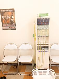 低周波治療器ダイナウェーブ写真